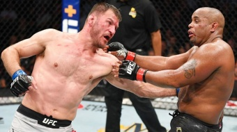 UFC 252 Free Fight: Stipe Miocic vs Daniel Cormier 2